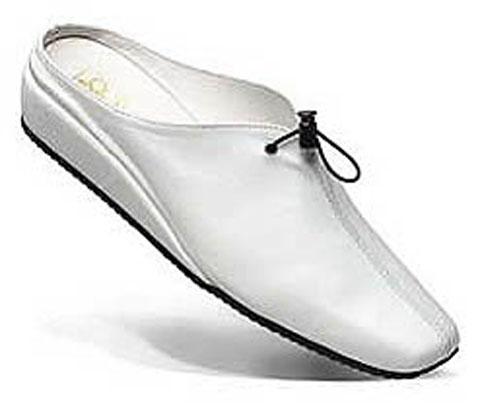 Обувки и аксесоари